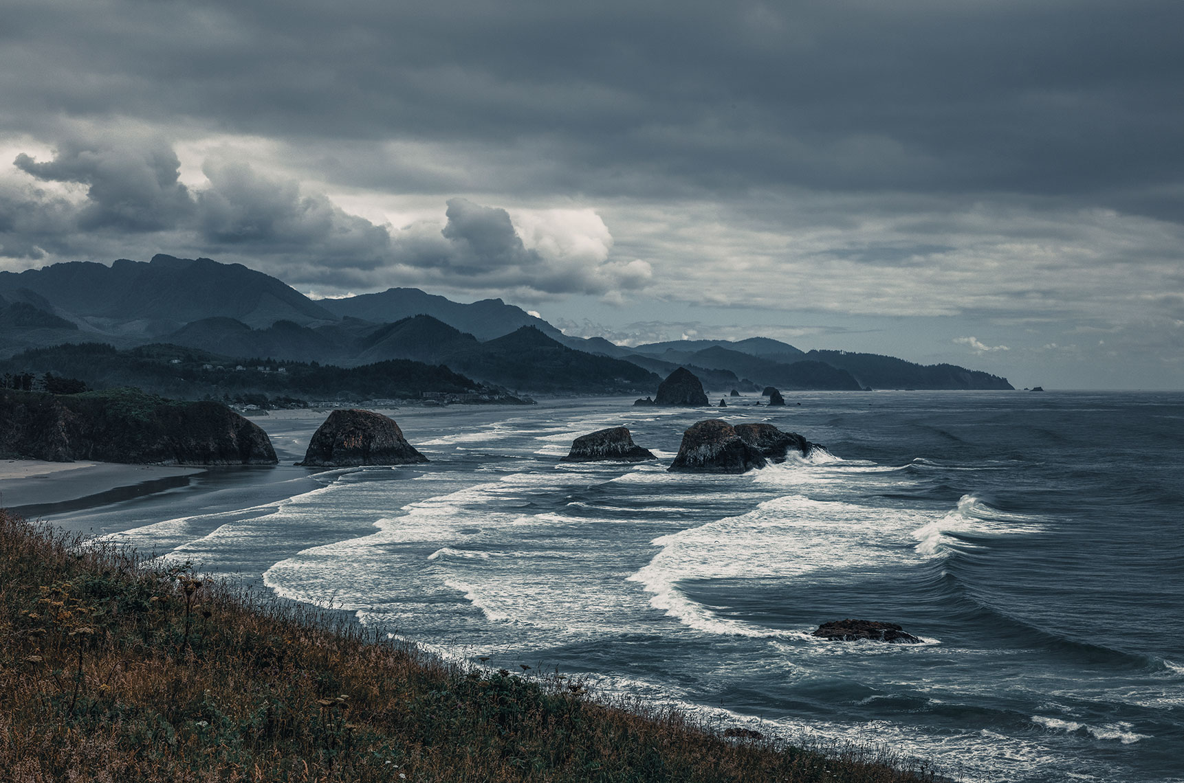 Cannon-beach_Vista