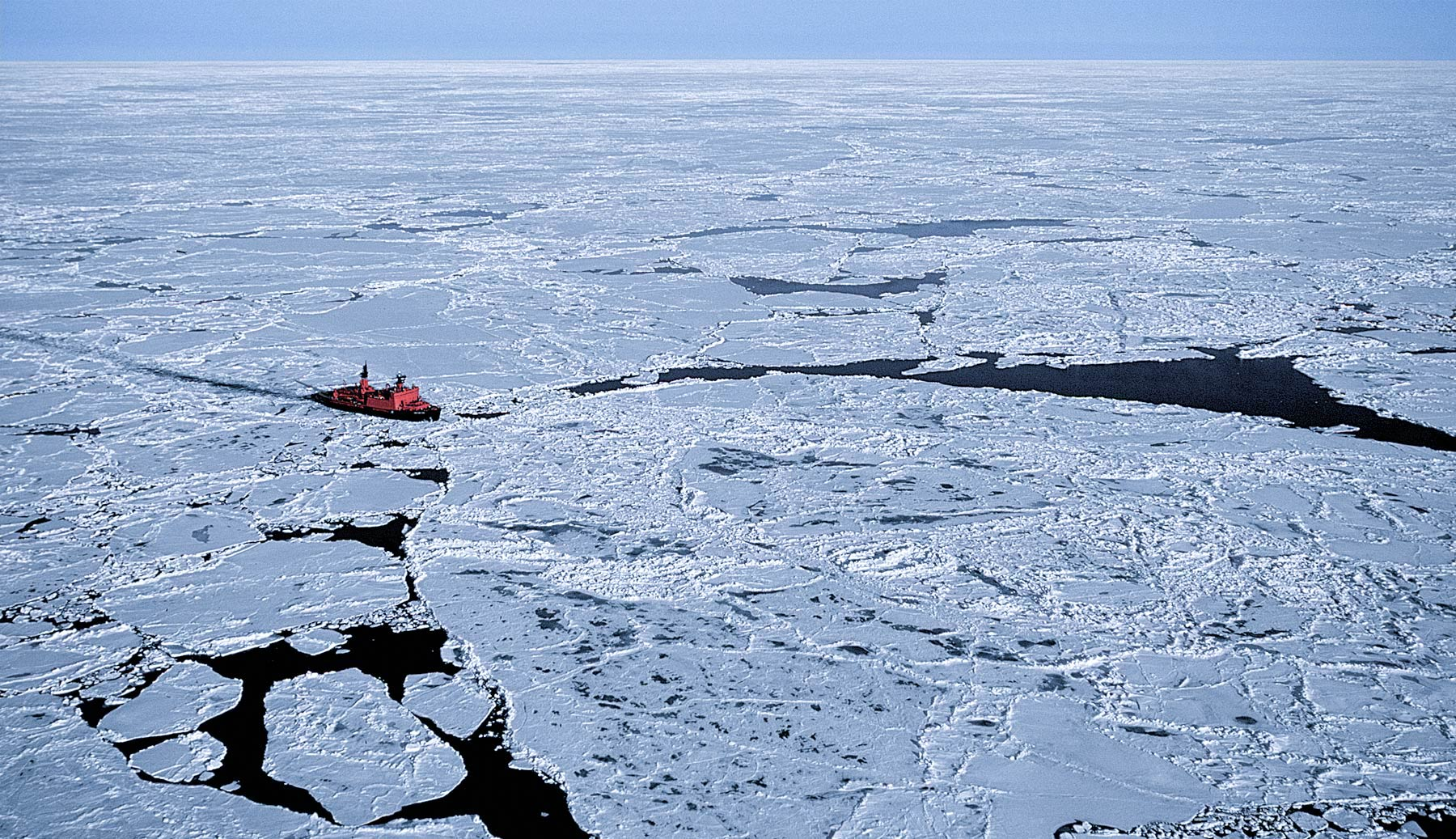 ICE-BREAKER-AT-THE-POLE