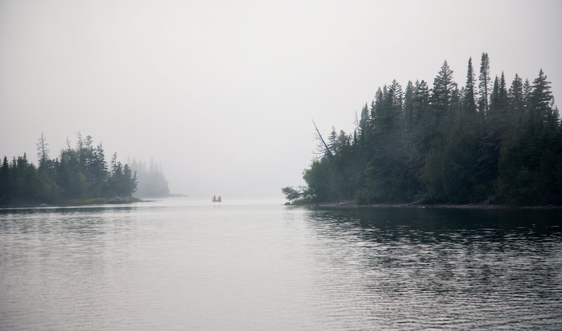 ISLE_ROYALE_canoe-in-fog