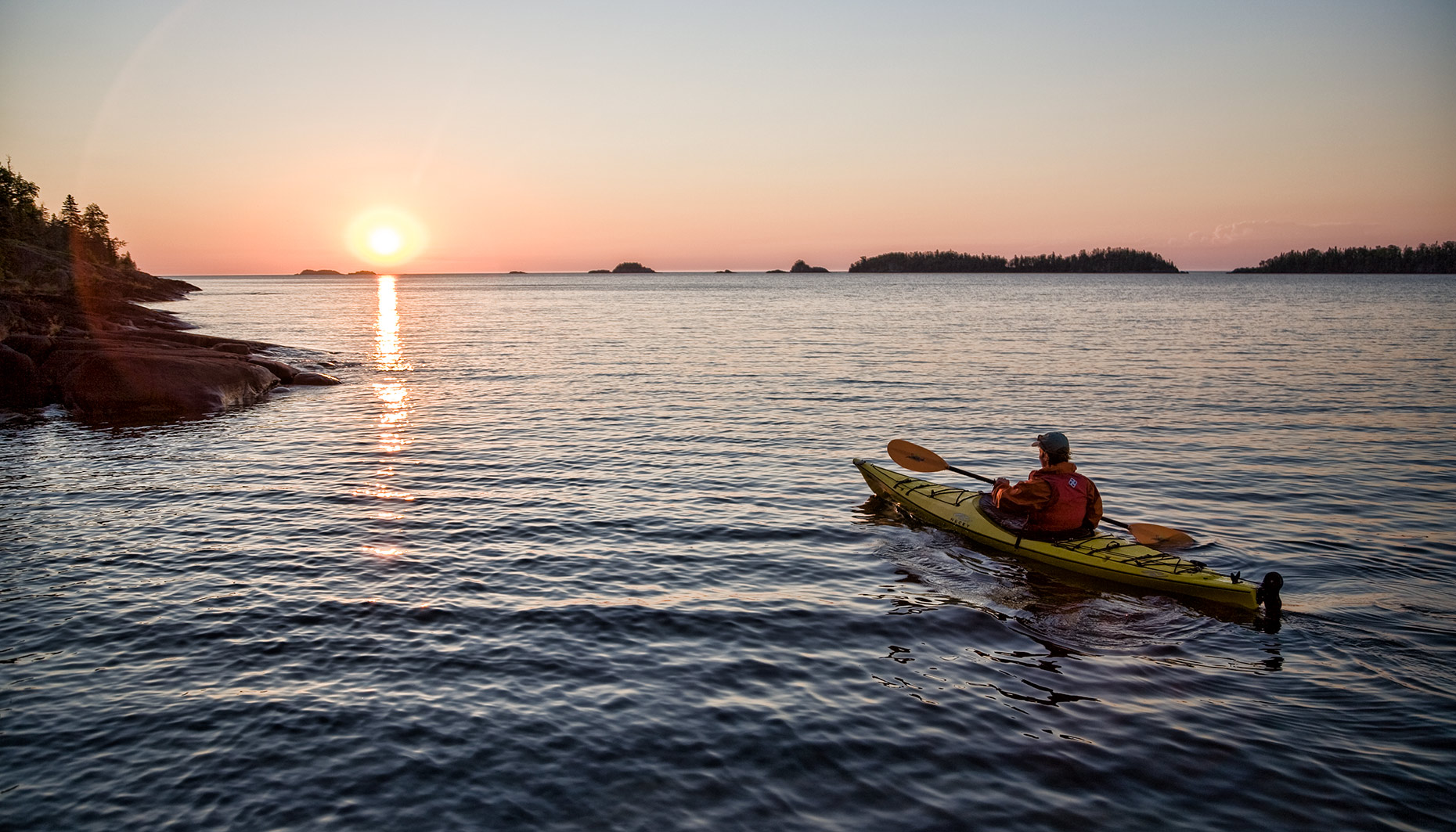 ISLE_ROYALE_sunset-paddle-solo_2