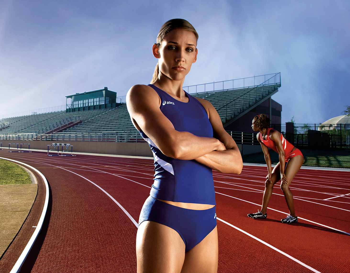 LOLO-JONES-ON-THE-TRACK