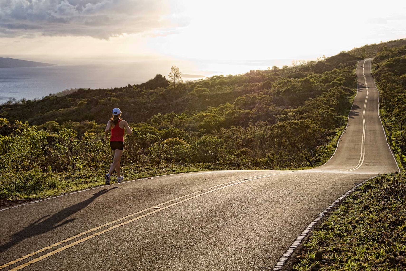 MAUI_RUNNING-THE-LONG-ROAD
