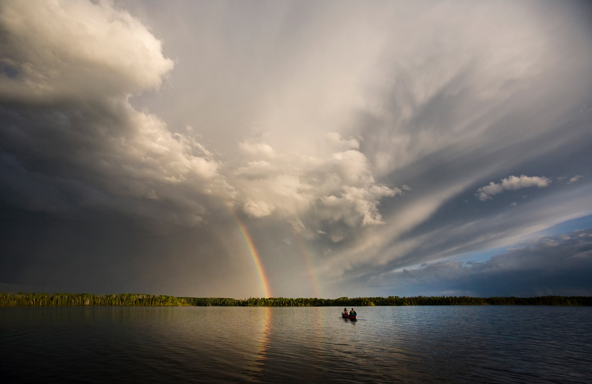 Paddling-to-the-rainbow_two-paddlers