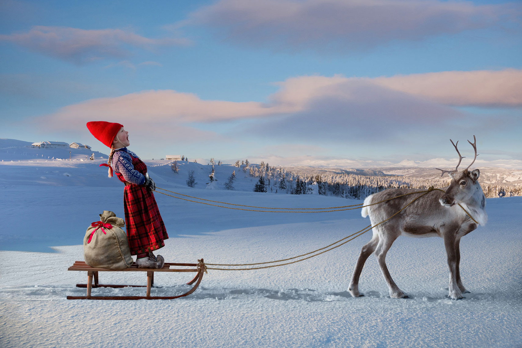 THE-REINDEER-WISH_FIRST-SLED-RIDE
