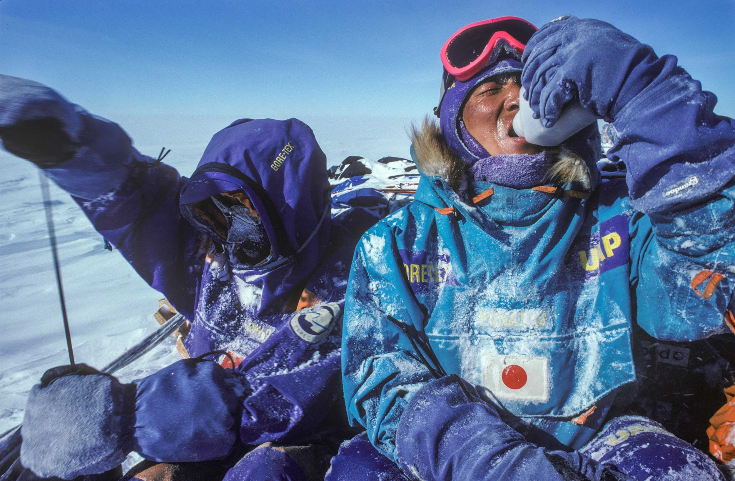 Trans-Antarctica-Expedition-another-cold-lunch